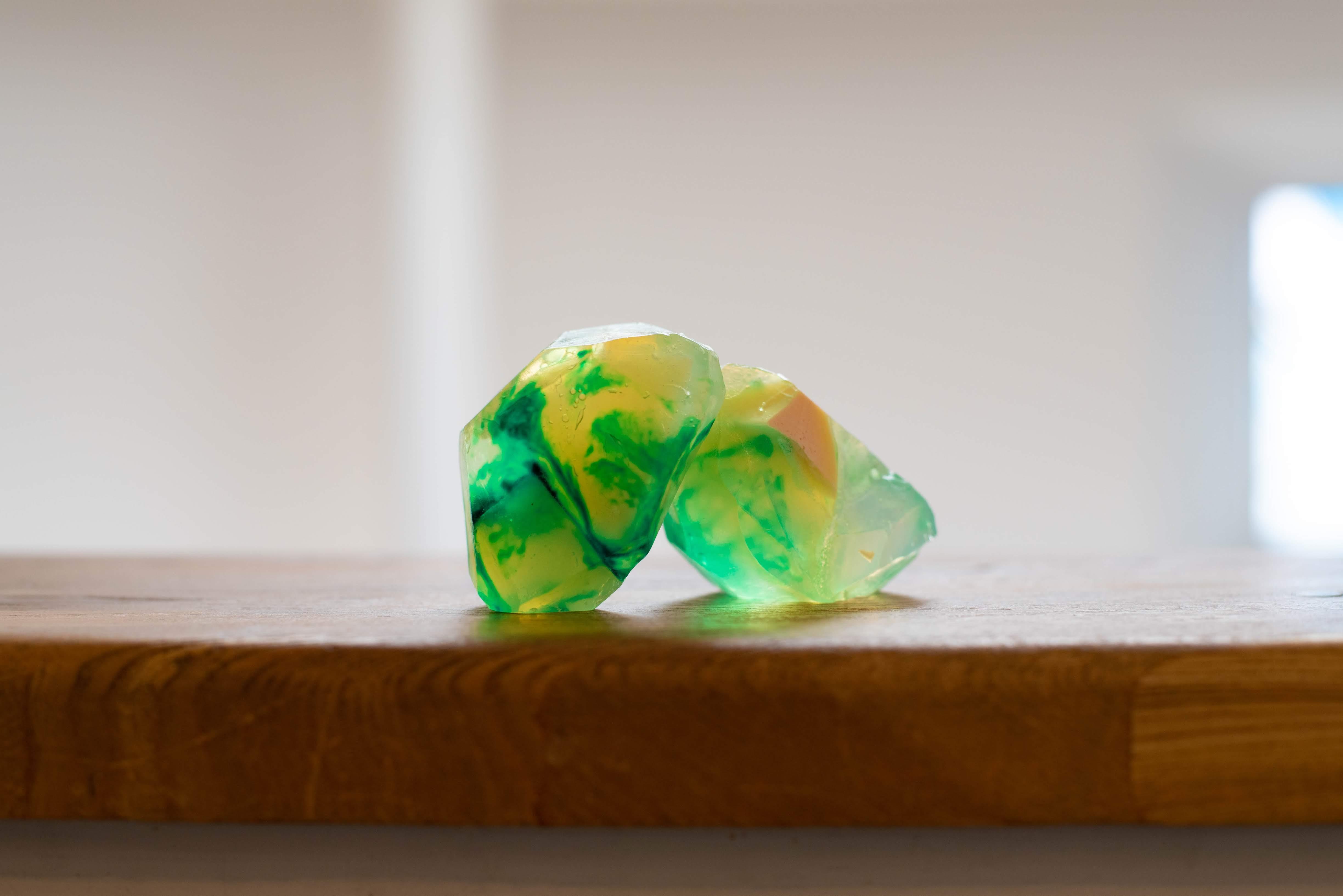 宝石石鹸の輝き